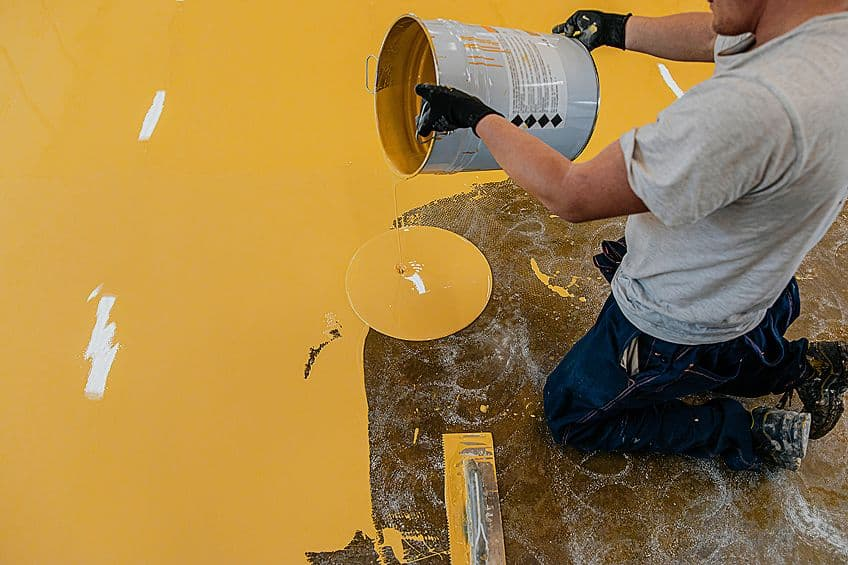 Pouring Epoxy Paint for Wood