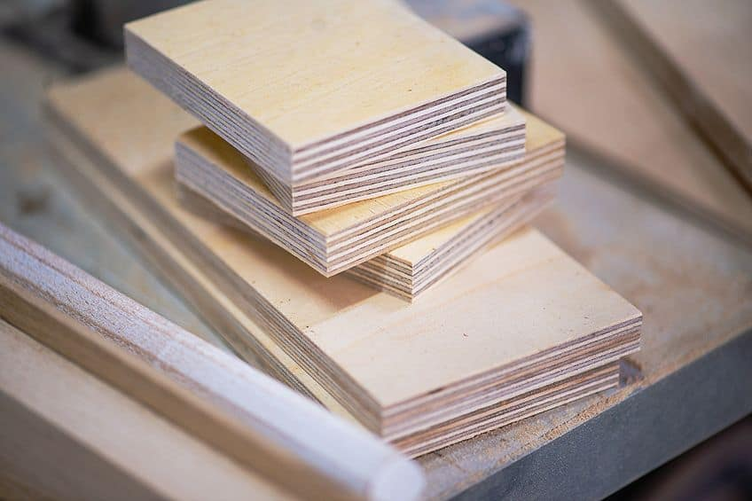 How to Calculate the Weight of Plywood