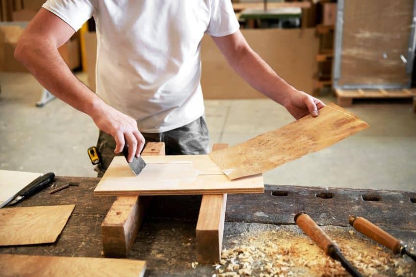 Applying Veneer Table